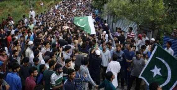 Kashmiris observing Accession to Pak Day today on both sides of LoC