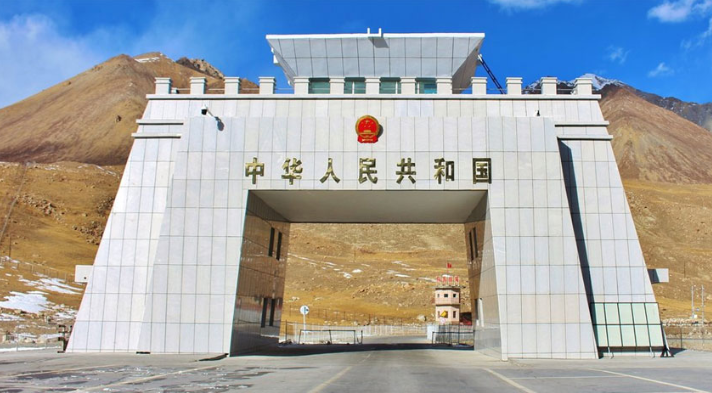 Pak-China border via Khunjerab Pass to be closed for traffic from tonight
